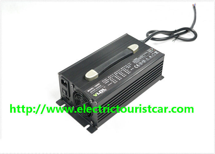 Black Housing Classic Electric Car Battery Charger 48V 25A 260*150*90 Mm